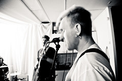 Band - Laj (Åke Brattberg) Tags: friends people göteborg buddies sweden misc location sverige vänner kompisar övrigt hisingen replokal laj rehearsalhall område gteborg vrigt anderslindgren omrde rehearsalpremises repetitionslokal