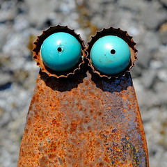 """did you know, that """"they"""" have blue eyes? (Werner Schnell Images (2.stream)) Tags: blue face metal eyes rust alien rost werner ws schnell wernerschnell"""
