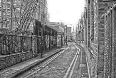 Aldgate 6 (Ben124.) Tags: houses london tour walk views aldgate jacktheripper