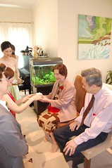 Isabel serves tea to Andrew's mum (avlxyz) Tags: wedding chinese teaceremony