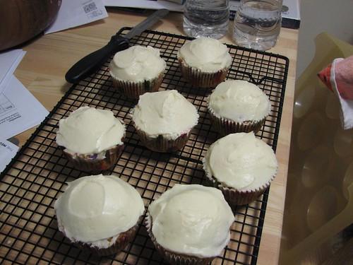 captain rupert's carrot cake cupcakes
