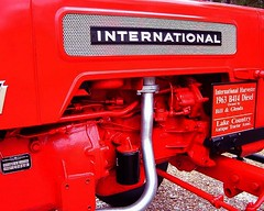 1963 International B-414 Diesel Restored antique tractor (bill75773) Tags: show uk red tractor texas x parade international antiquetractor smiths harvester gauges ih mccormick deering internationalharvester classictractor mccormickdeering tractorshow restoredtractor b414
