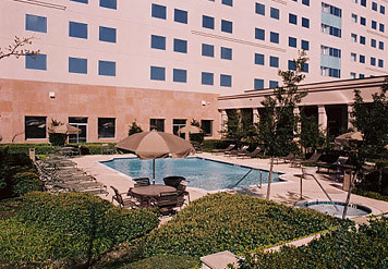 Dallas Marriott Suites Market Center Swimming Pool