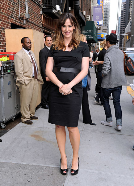 Jennifer Garner visits