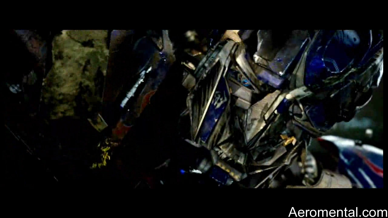 Transformers 2 Optimus herido