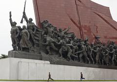 North Korea mansudae hill (Eric Lafforgue) Tags: pictures photo war asia picture korea kimjongil asie coree northkorea pyongyang dprk coreadelnorte kimilsung 2081 nordkorea lafforgue    coredunord coreadelnord  northcorea coreedunord