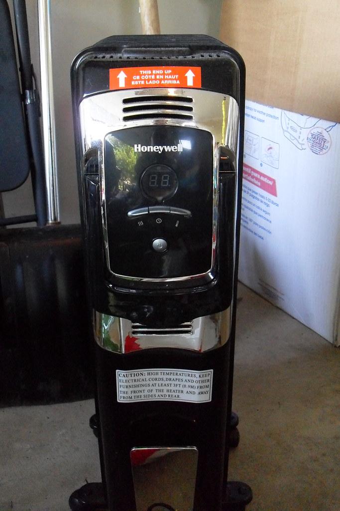 Honeywell Digital Whole Room Heater