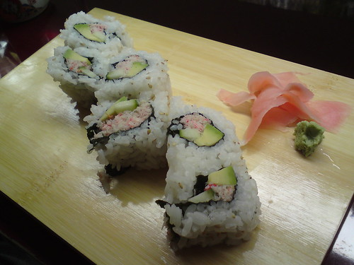 Rice & Fish: California roll