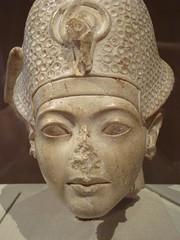 Tutankhamun (meechmunchie) Tags: ancient egypt revolution egyptian 18thdynasty akhenaten tutankhamen ancientegypt tutankhamun tutankhamon thutmose newkingdom amarna tuthmose talatat akhetaten rammeside atenist egyptiancourt