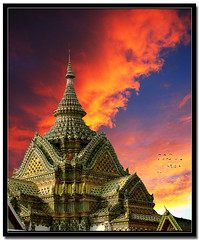 Kingdom of Siam Sunset (ZedZaP) Tags: sunset red thailand temple asia bangkok buddhist siamese professional exotic grandpalace thai siam hdr imagery nationalgeographic travelphotography platinumheartaward artlegacy absolutegoldenmasterpiece zedzap hqphotography