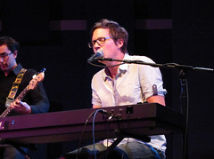 Matt Hales/Aqualung (koofa) Tags: philadelphia aqualung matthales worldcafelive canonsx20is