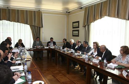3-18.05.10-Comissão Politica