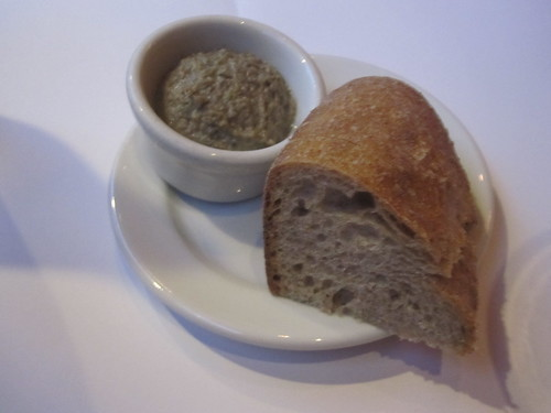 Lentil-dill spread, bread at Millenium