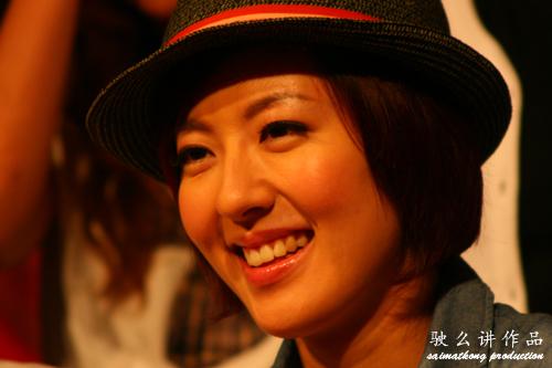 Natalie Tong 唐诗咏