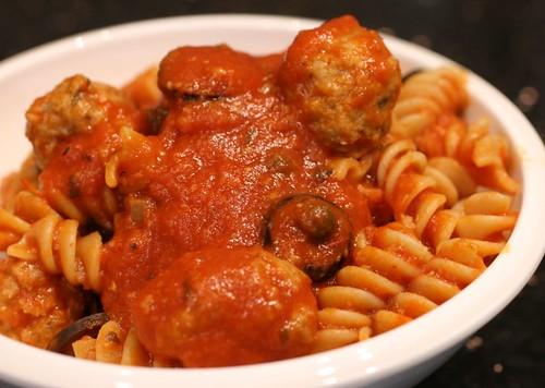 turkey meatball puttanesca