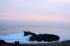 deburan ombak (sukandia (sukandia.com)) Tags: beach balibeach canggu munggu sesehbeach