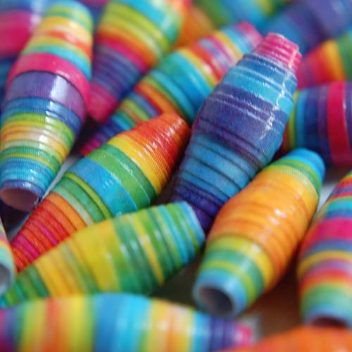 Paper Beads-www.paperbeadgirl.com