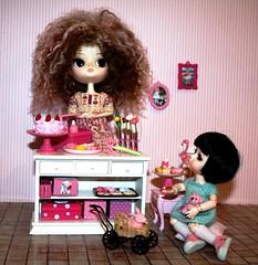 La Patisserie (Cakau ♥) Tags: pink yellow cake canon maria patisserie lea bo rement lati cakau dalcoral