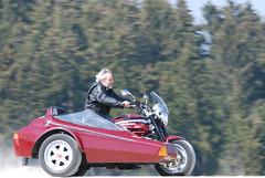 2007 Apr 08 -D80- 006 (urs.guzziworld) Tags: moto motoguzzi guzzi gespann fotoshooting seitenwagen 20070408