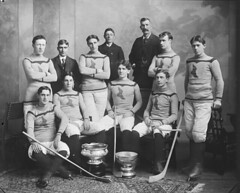 Shamrock hockey team, Montreal, QC, 1899 (Muse McCord Museum) Tags: portrait irish canada sports hockey logo team quebec montreal icehockey moustache sombre uniforms iceskates groupportrait qc skates stanleycup hurley pocketwatch halloffamers 1899 mccordmuseum irlandais hockeysticks musemccord shamrockhockeyteam harrytrihey arthurfarrell