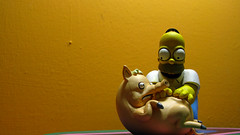Spiderpig y Homero 0650 (MOiSTER) Tags: wallpaper closeup widescreen homer thesimpsons fondodeescritorio spiderpig puercoaraa