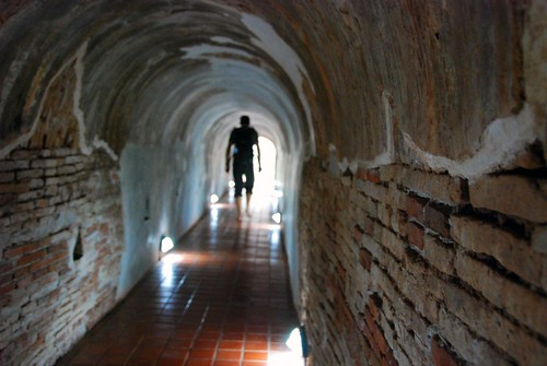 tunnels of wat umong, chiang mai