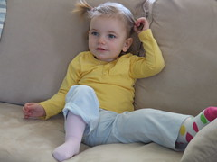 April 2009043 (Chiara and James Hemsley) Tags: home broken bath leg cast april norah