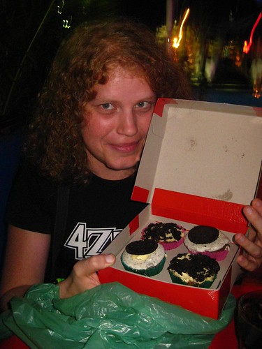 And yea, Ellie looked upon those cupcakes