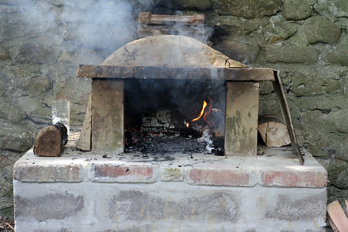 Cowie's pizza oven