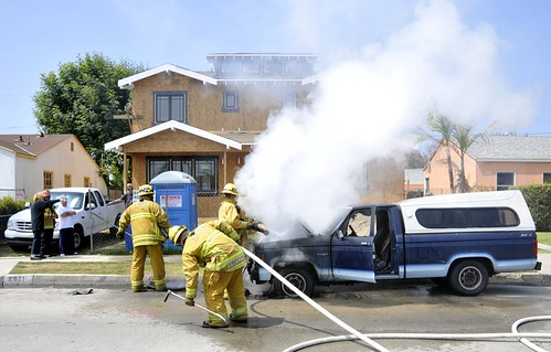 car fire venice beach