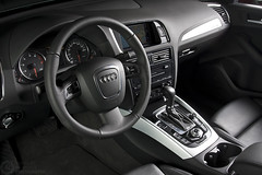 (Andreas Reinhold) Tags: interior automotive dashboard audi q5 strobist andreasreinhold