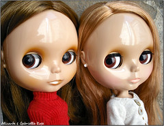 Alicante & Gabrielle-Rose (_Pandemonyum_) Tags: holiday girl sunshine cg doll cinnamon blythe sh takara tanned ebl rbl