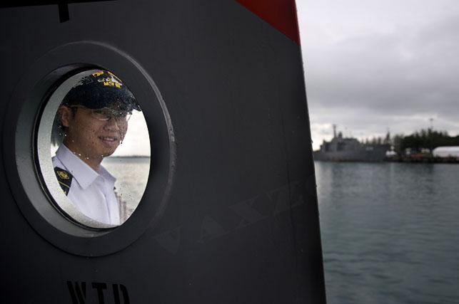 navy opening 2010 -08