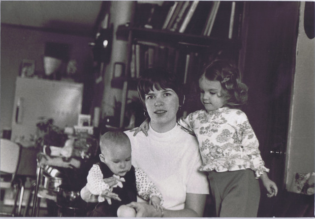 Alison-Mama-Aimee_Nov1976