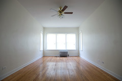 chicago window apartment interior cable radiator ceilingfan hardwoodfloor outlets lawndale