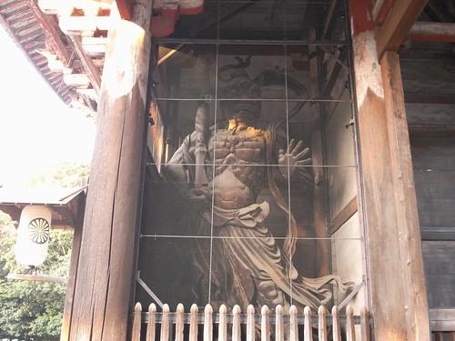 早朝の東大寺(南大門周辺)-09