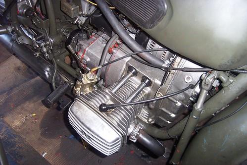 CJ 750 engine
