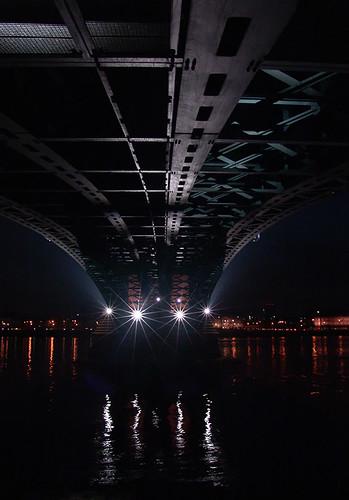 Theodor Heuss Brücke @night