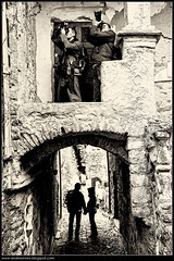 Parallelism (Andrea Moro) Tags: old italy alley nikon italia liguria tokina1224 medieval d200 antico medievale bianconero imperia vicoli seppia bussana bussanavecchia belinspa