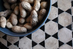 How to Grow Peanuts Outdoors