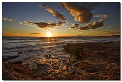 Contrastes del Sol (Jos Andrs Torregrosa) Tags: seascape atardecer playa joseandres sigma1020 laazohia