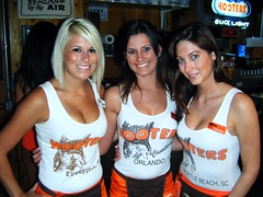 Three of the LBV Hooters girls (Amanda on the left) (BuccaneerBoy) Tags: hot sexy fun restaurant march orlando pretty boobs florida sweet hooters babes attractive dining prettygirls lakebuenavista hootersgirls hootersofinternet
