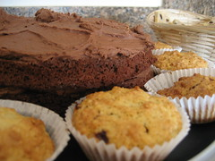 Choc fudge cake and raspberry buns