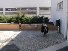 Nova bike rack no Centro de Saúde de Paço de Arcos