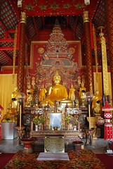 Gold Buddha - Wat Chiang Man