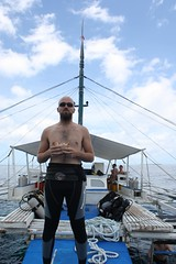Merienda entre inmersiones (nclspin) Tags: bohol filipinas panglao