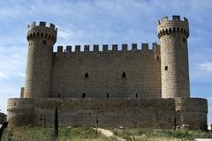 Castillo de los Cartagena (sıɐԀ ɹǝıʌɐſ) Tags: torre fortaleza castillo piedra almena fuerte paradornacional flickrestrellas olmillodesasamón