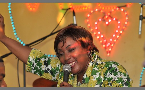 Charlotte Mbango 12009-03-26