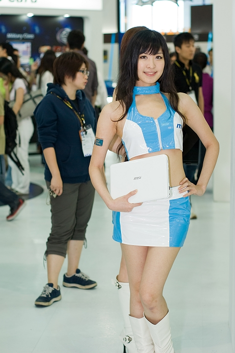 [Pentax-A 50mm F1.7] MSI Show Girl in Computex 2009