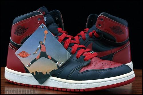 1985 Jordan 1 with Tag